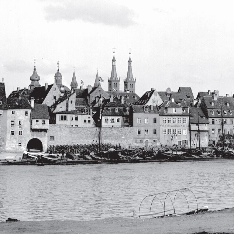 Würzburg  zu Röntgens Zeit - das Bild wurde von Röntgen selbst aufgenommen.